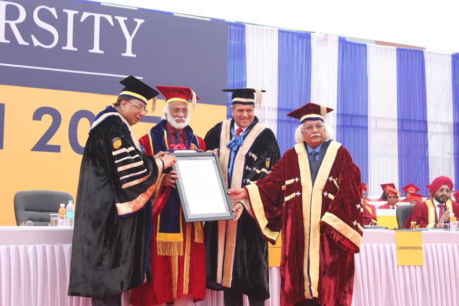 Padma Bhushan, Shri Dr. Govindarajan Padmanaban recipient of Honoris Causa Doctorate of Science (DSc) Degree.