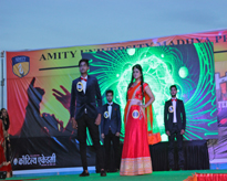 Participants of Mr. & Ms. AAROH-2017 on the Ramp