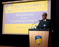 Hon'ble Chancellor, AUMP, Prof. (Dr.) Sunil Saran addressing the audience