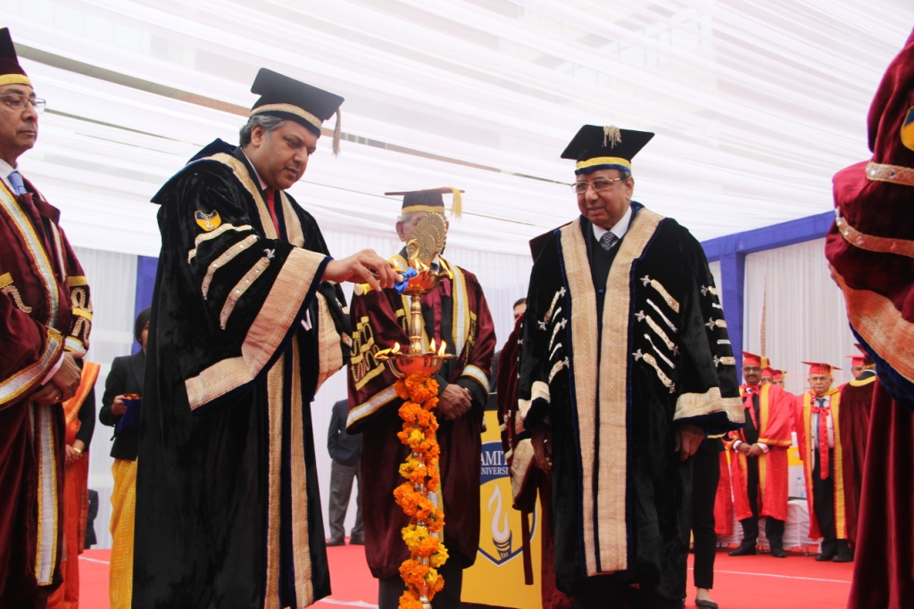 Lamp lighting during the Inaugural session of  Convocation 2019