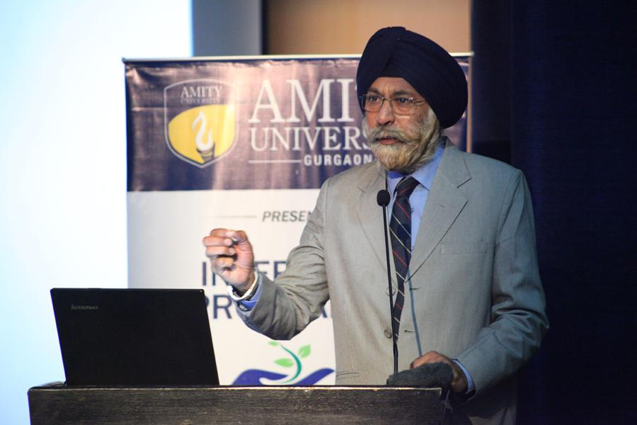Dr G S Sodhi addressing students on Forensic Science