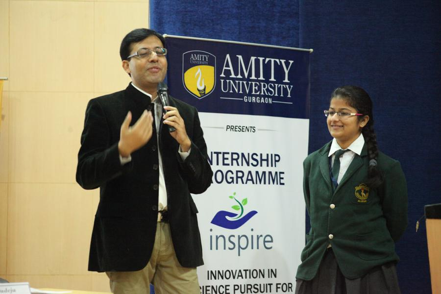 Mr Jitin Chalwa, Repute Counselor at Inspire 2014 interacting with Students
