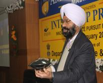 Prof (Dr) M S Marwaha, Guru Gobind Singh College, Punjab University Chandigarh speaking on concept of Physics