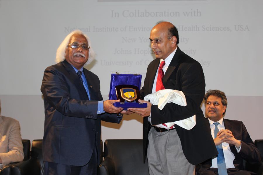 Hon'ble VC Prof. P B Sharma Felicitating Dr Srikant S Nadadur,NIEHS.